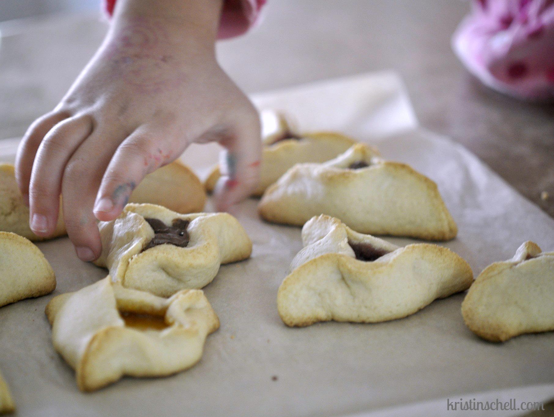 Celebrating Purim | ideas and hamantashen recipes | kristinschell.com